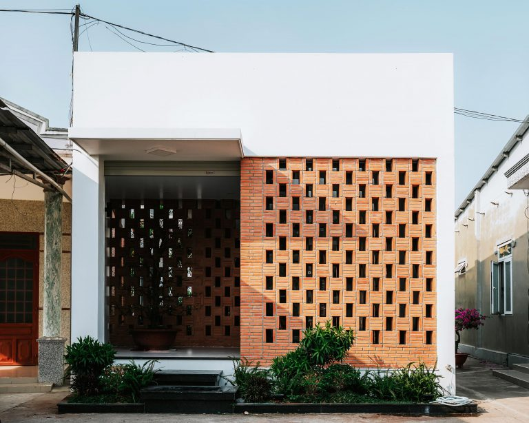 Small House 01 – Completed in 2019